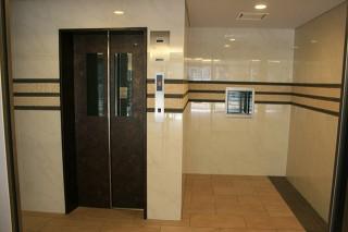 4-エレベーターホール