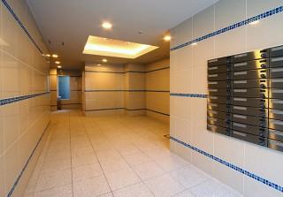 4. 1F エントランスホール